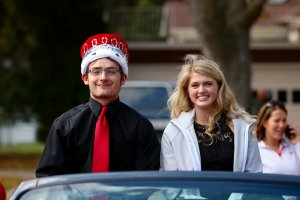 2016 Homecoming King Cole Caron and Gracie Donahue